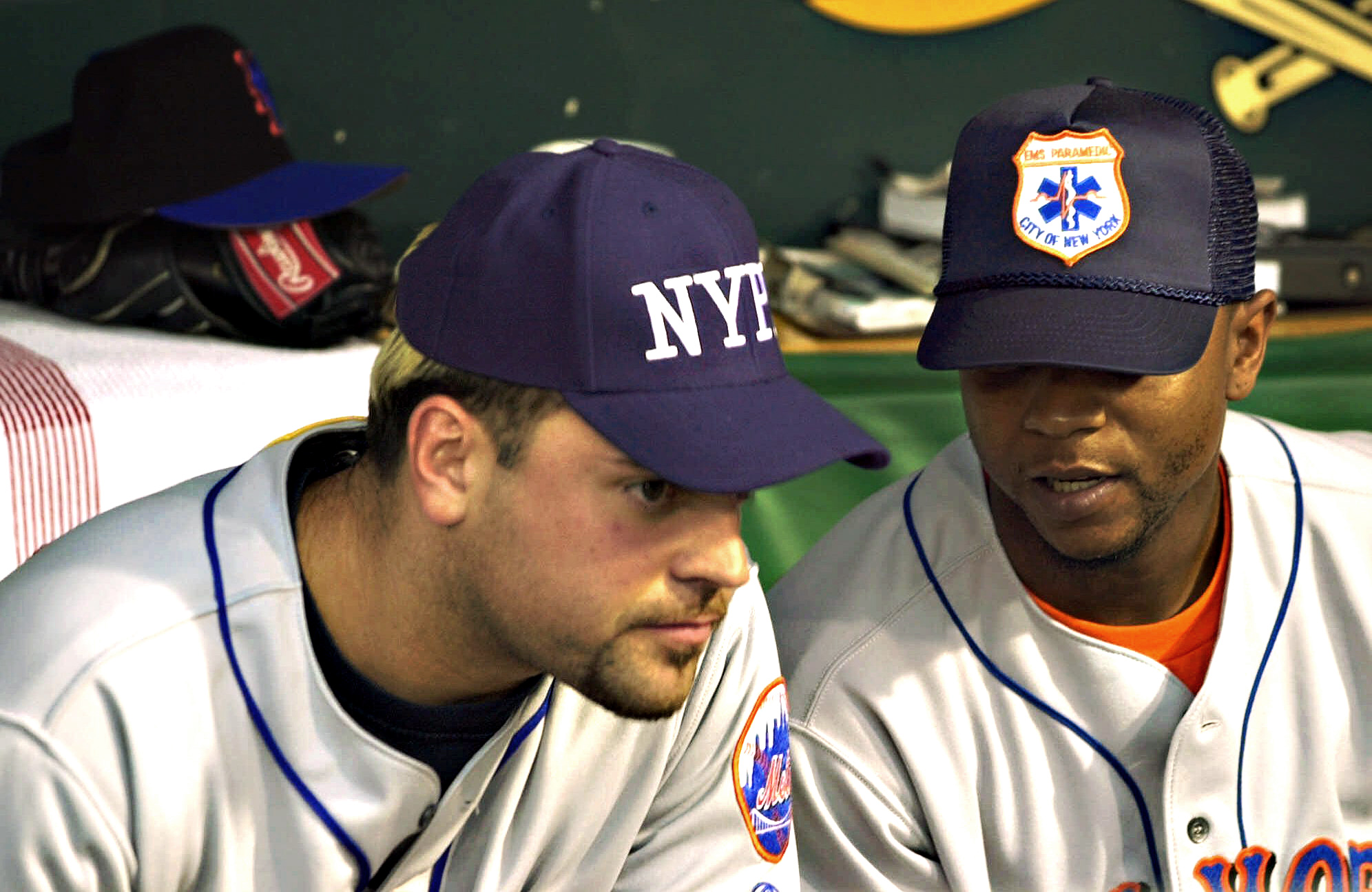 Mike Piazza and Desi Relaford