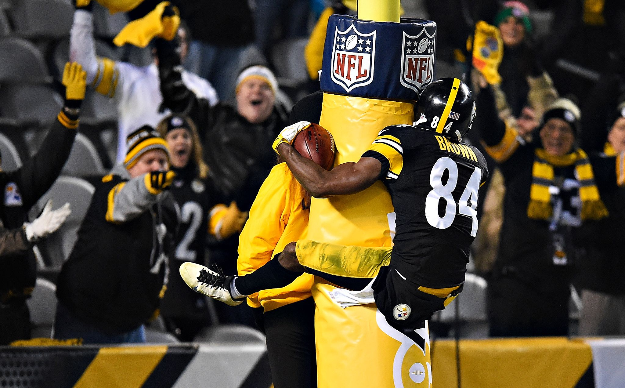 Antonio Brown - Photos: Colts vs. Steelers - ESPN