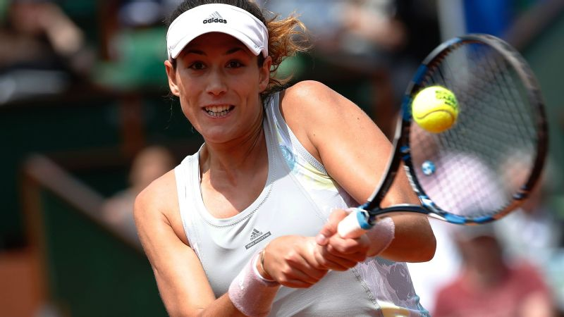 Spain's Garbine Muguruza advanced to the French Open quarterfinals for the third straight year.
