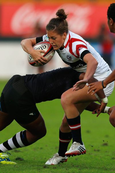 Megan Lee Bonny of United States in action against New Zealand during the Dubai Sevens, the second round of the HSBC Sevens World Series at The Sevens stadium on November 28, 2013 in Dubai.
