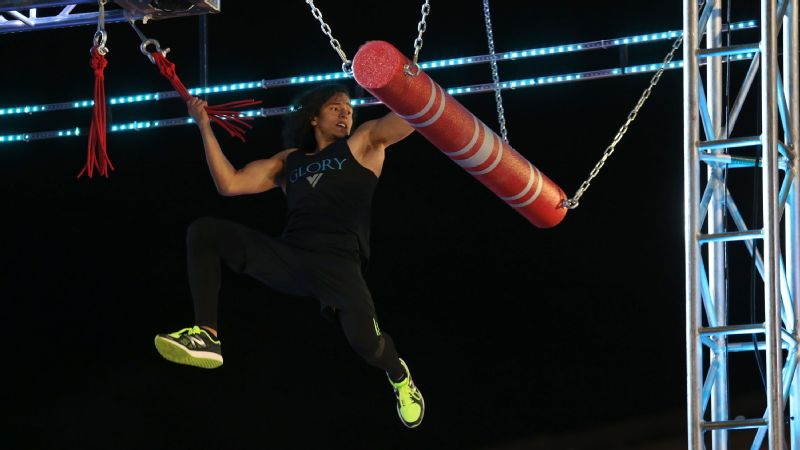 Daniel Gil completing Bungee Road in American Ninja Warrior Oklahoma City Finals.
