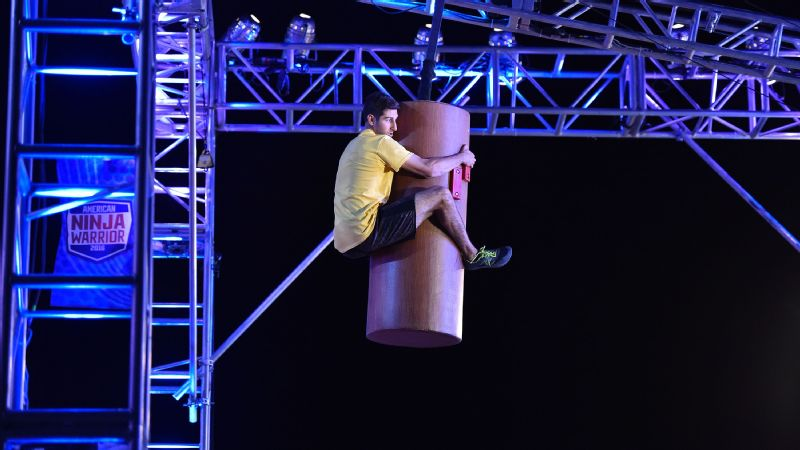 Anthony DeFranco takes on the Giant Log Grip in American Ninja Warrior national finals.