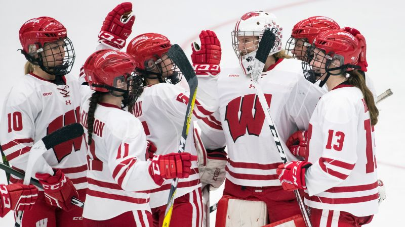 Wisconsin's Ann-Renée Desbiens wins the Patty Kazmaier Award