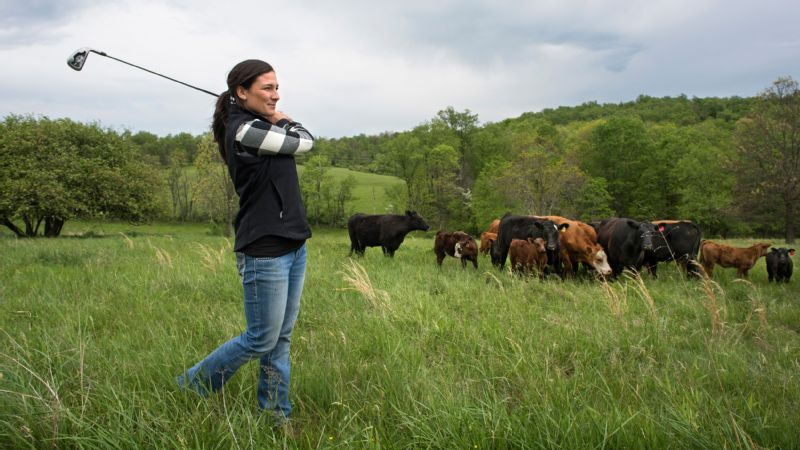 When Rachel Rohanna won her first Symetra Tour tournament in 2015, she earned a first-place check of 16,500. What did she do with the money? Buy a heifer.