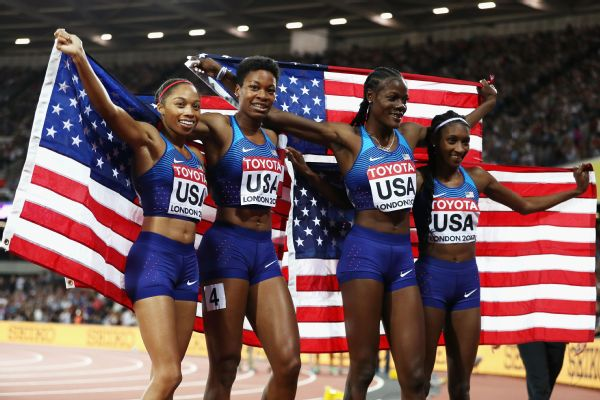 Allyson Felix, Phyllis Francis, Shakima Wimbley and Quanera Hayes led the United States to a win in the women's 4x400-meter relay final Sunday at the world championships.