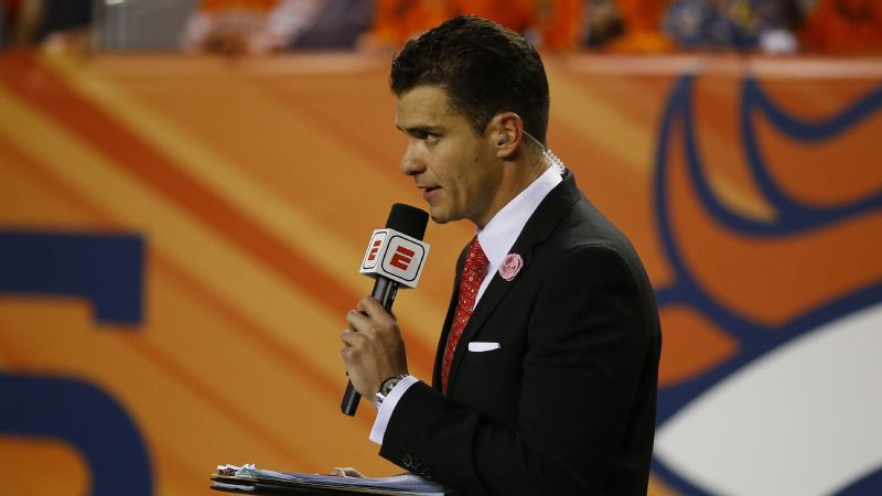 Sergio Dipp made his first English-language national television appearance on Sept. 11 at the Broncos-Chargers game.