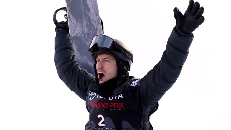 Perfection or not, Shaun White loved seeing a 100 come up for his final run in the men's snowboard halfpipe final during the U.S. Grand Prix in January.