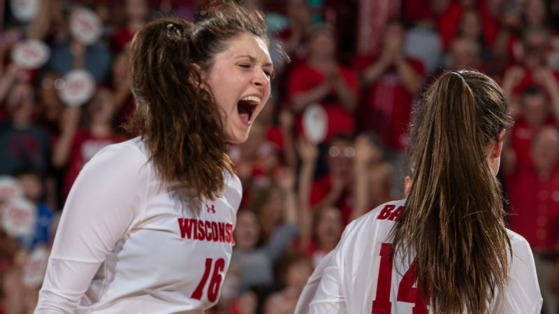 Dana Rettke was the youngest member of the U.S. national team. Can the 6-foot-8 middle blocker help the Badgers reach their first final four since 2013?