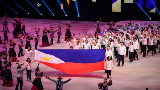 Athletes and officials from the Philippines entered the Philippine Arena to the tune of Hotdog's classic song Manila.