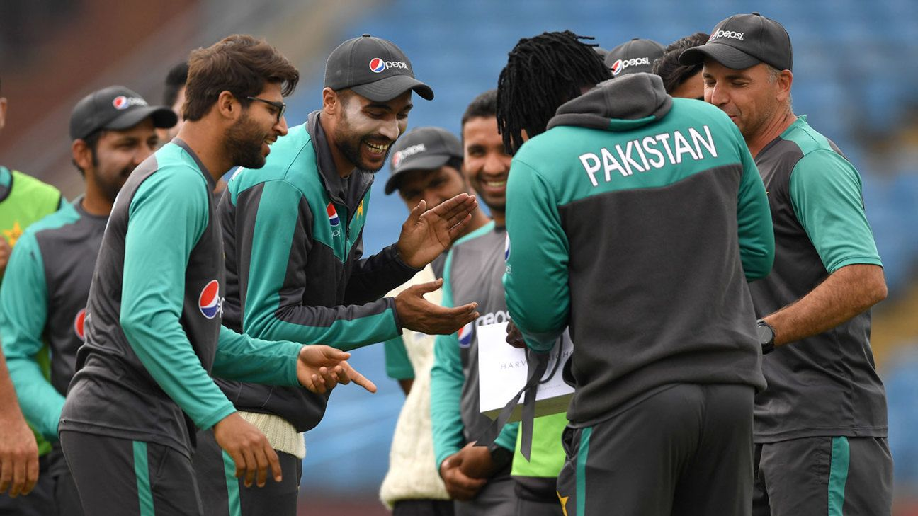 Do Mohammad Amir and Shoaib Malik fit into Pakistan's World Cup squad?