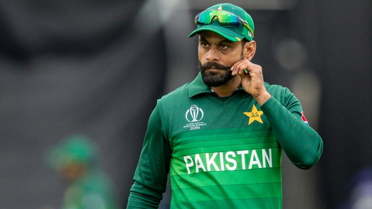 Mohammad Hafeez joins Middlesex as AB de Villiers' replacement
