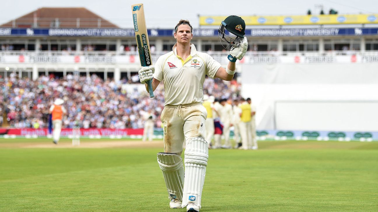 What is the yellow symbol the Australian players have on their shirt collars in this Ashes series?