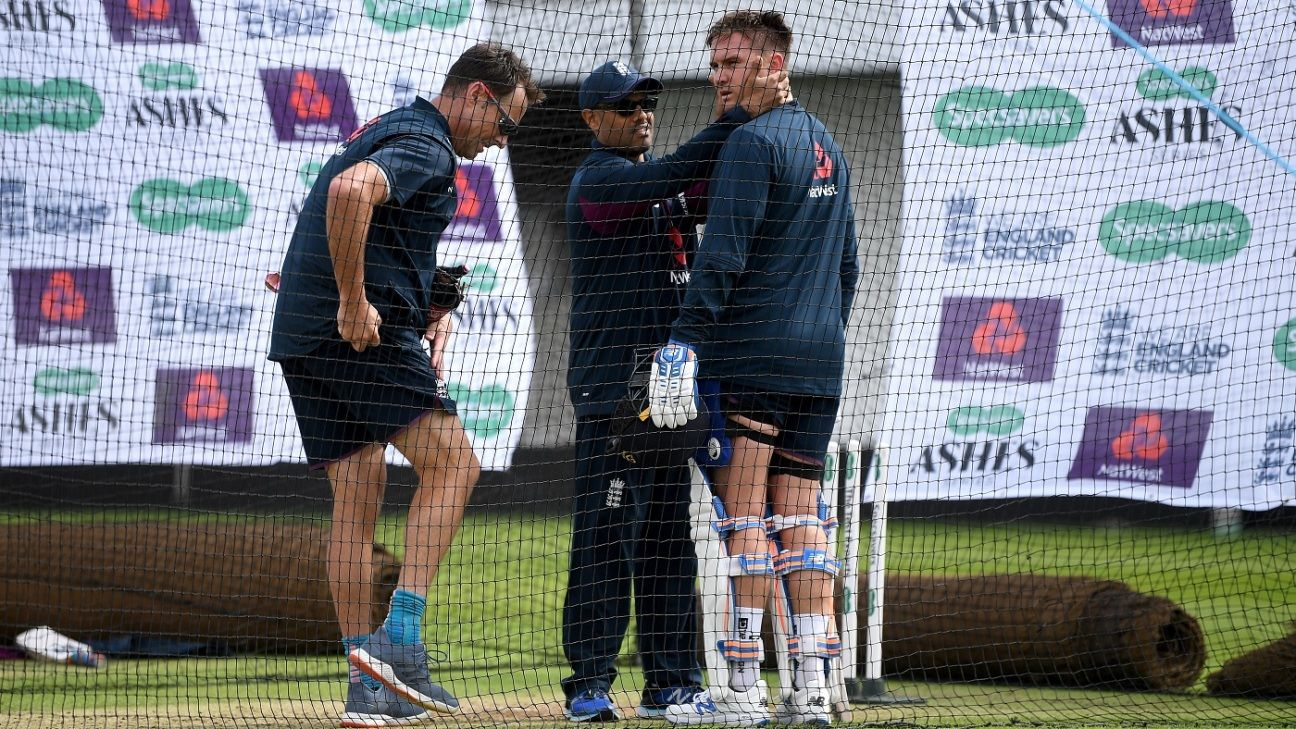 Jason Roy passes concussion test after blow to the head in the nets