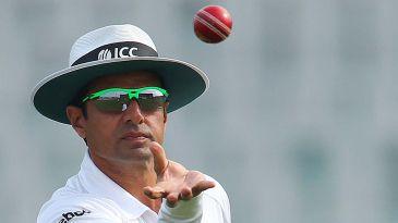 DRS 15-second rule in spotlight as Sri Lanka miss out on a wicket