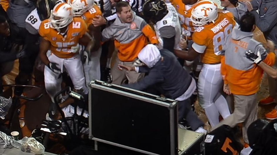 SEC suspends WR Jauan Jennings for first half of Vols' bowl game