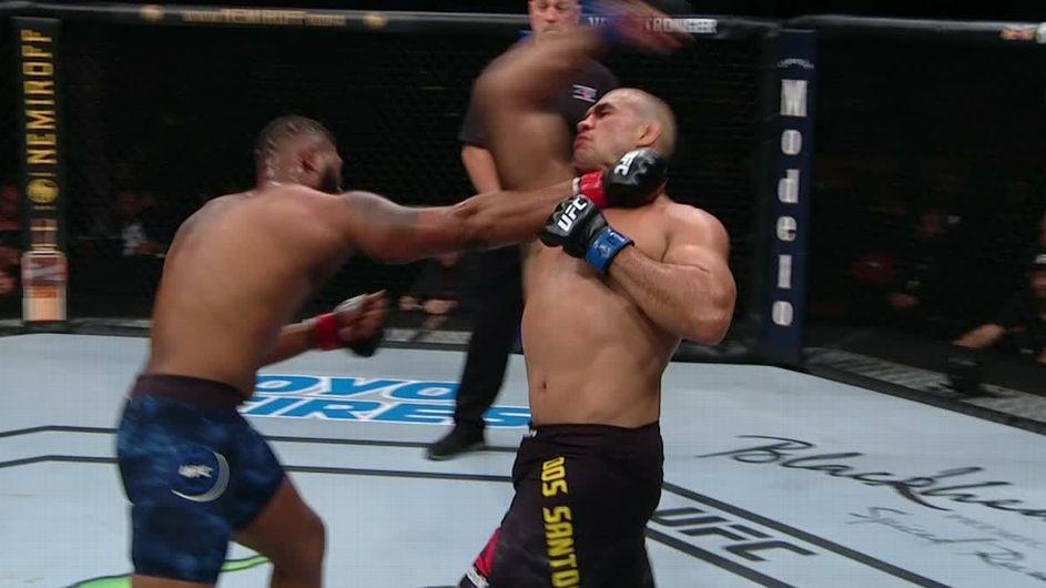Curtis Blaydes finishes Junior dos Santos by TKO in 2nd round