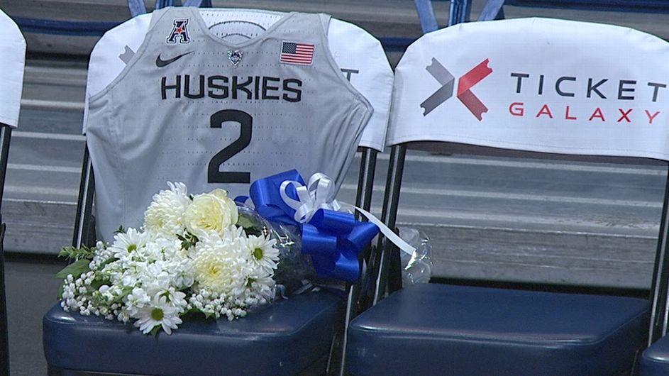 UConn honors Kobe Bryant's daughter Gigi: 'A Husky forever'