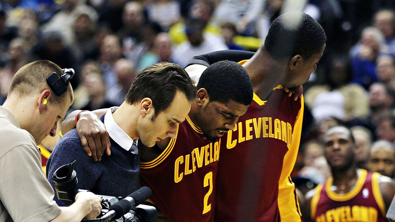Cavs' Irving day to day with knee contusion