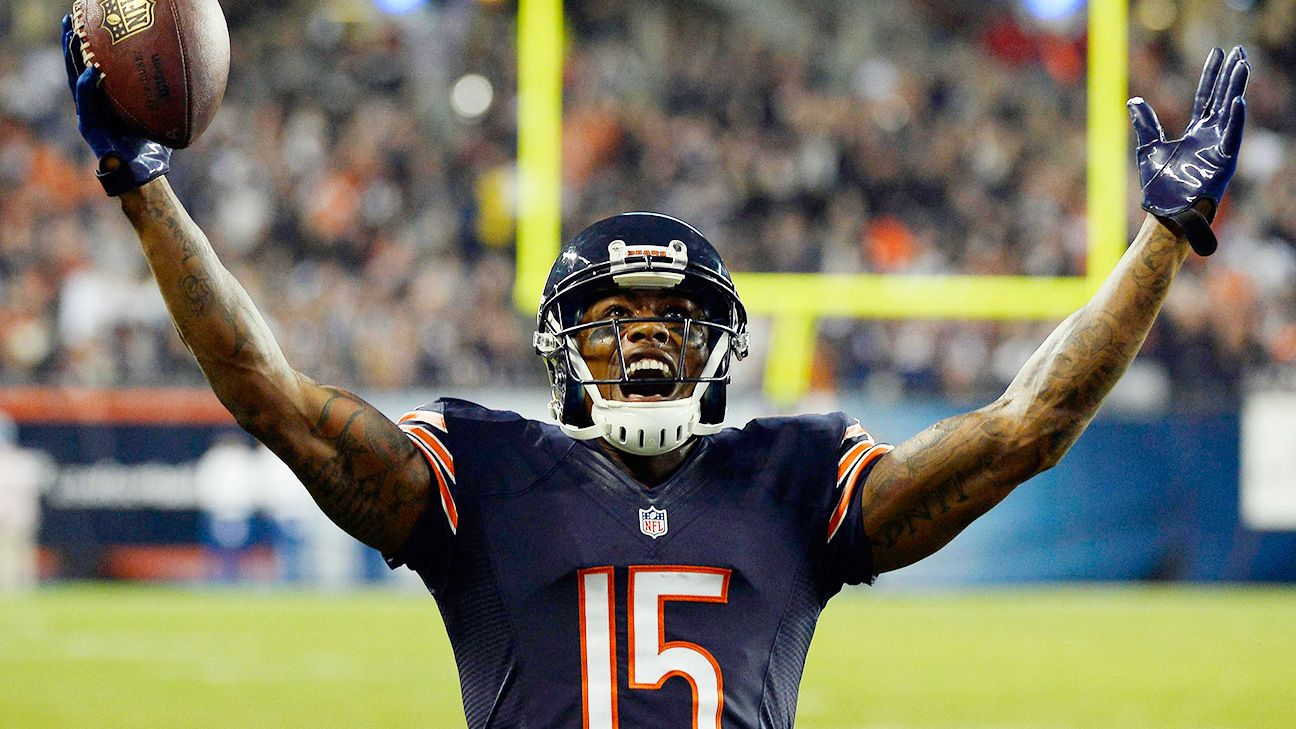 282a7efaa Chicago Bears Brandon Marshall spreads awareness NFL s mental health crisis  - ESPN The Magazine