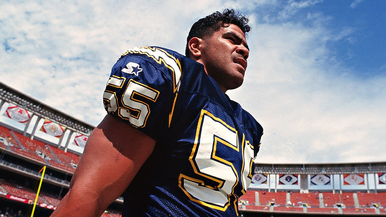 low priced 0e6cf 571e2 Junior Seau's children settle with NFL over 2012 suicide