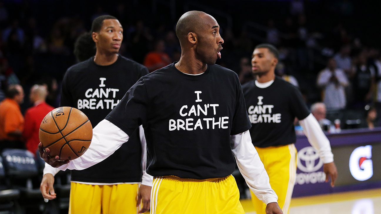 61f87056cb5 Kobe Bryant and Los Angeles Lakers wear  I Can t Breathe  shirts in warmup