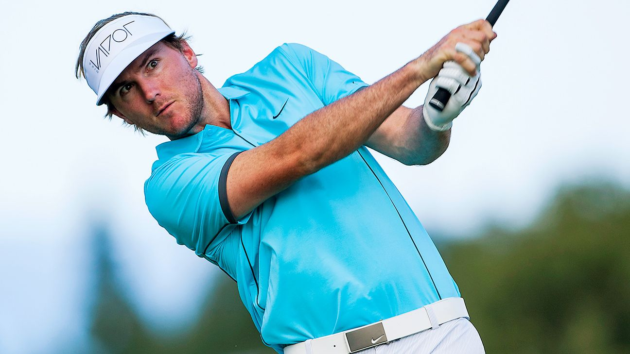 Russell Henley penalized 8 strokes for using two types of balls during round