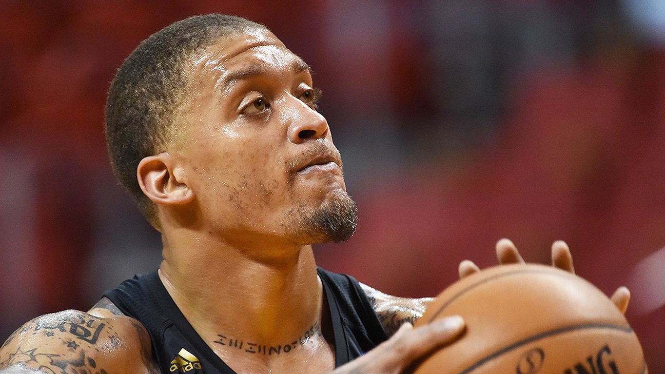 Michael Beasley defends new Los Angeles Lakers ca3a78761