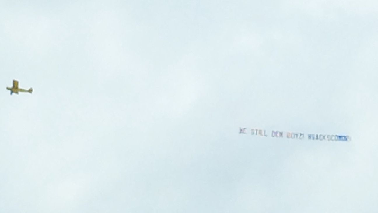 Banner flies over Eagles practice; 'waste of money,' Johnson says