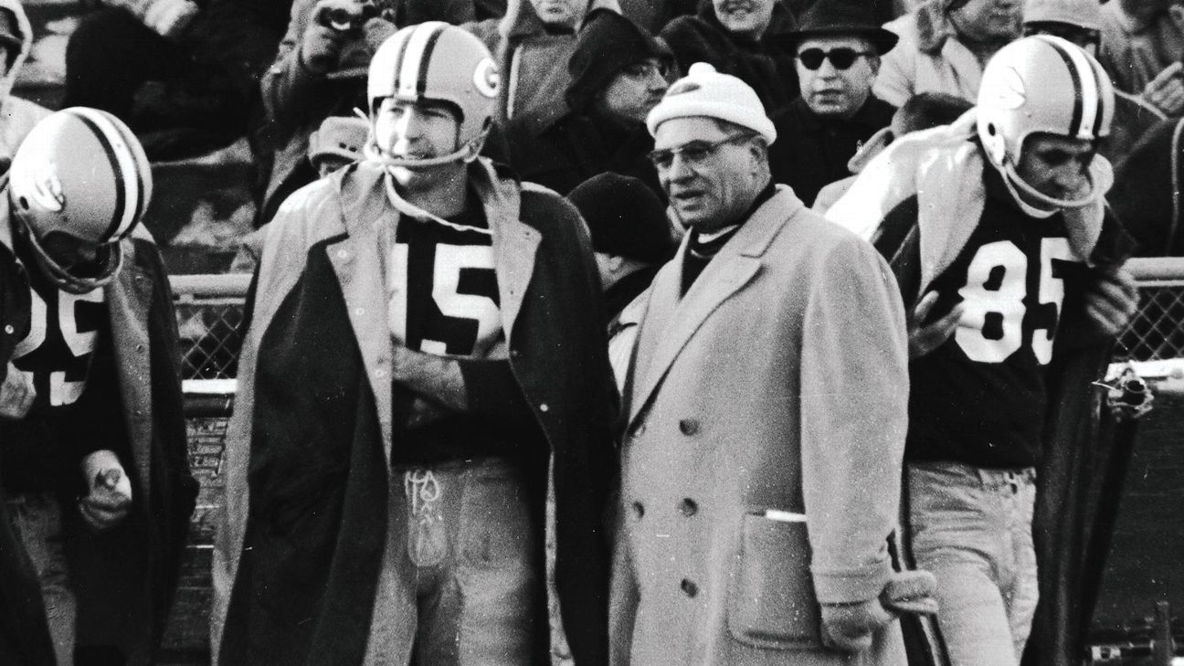 Bart Starr is often considered a mere caretaker of Vince Lombardi's brilliance, but he was so much more than that. He's underappreciated as a player.