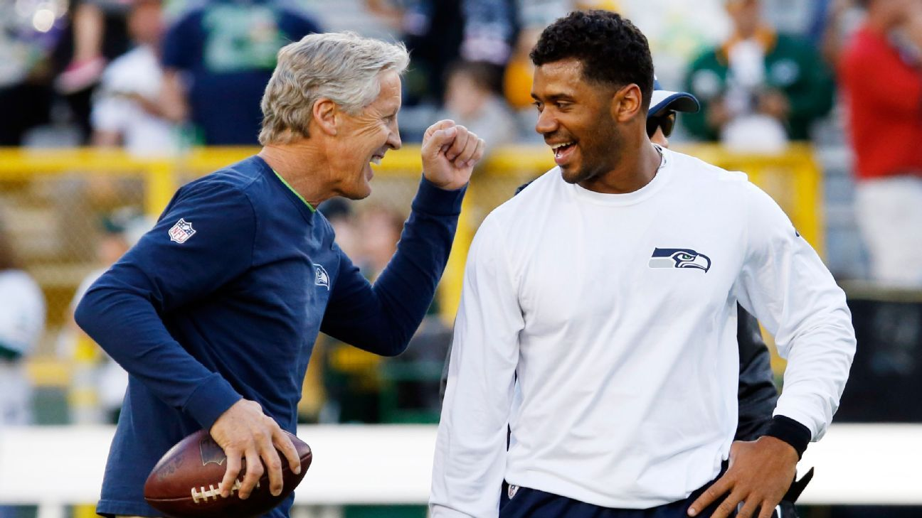 Russell Wilson Does Pete Carroll For Halloween Wig Gum And All Seattle Seahawks Blog Espn
