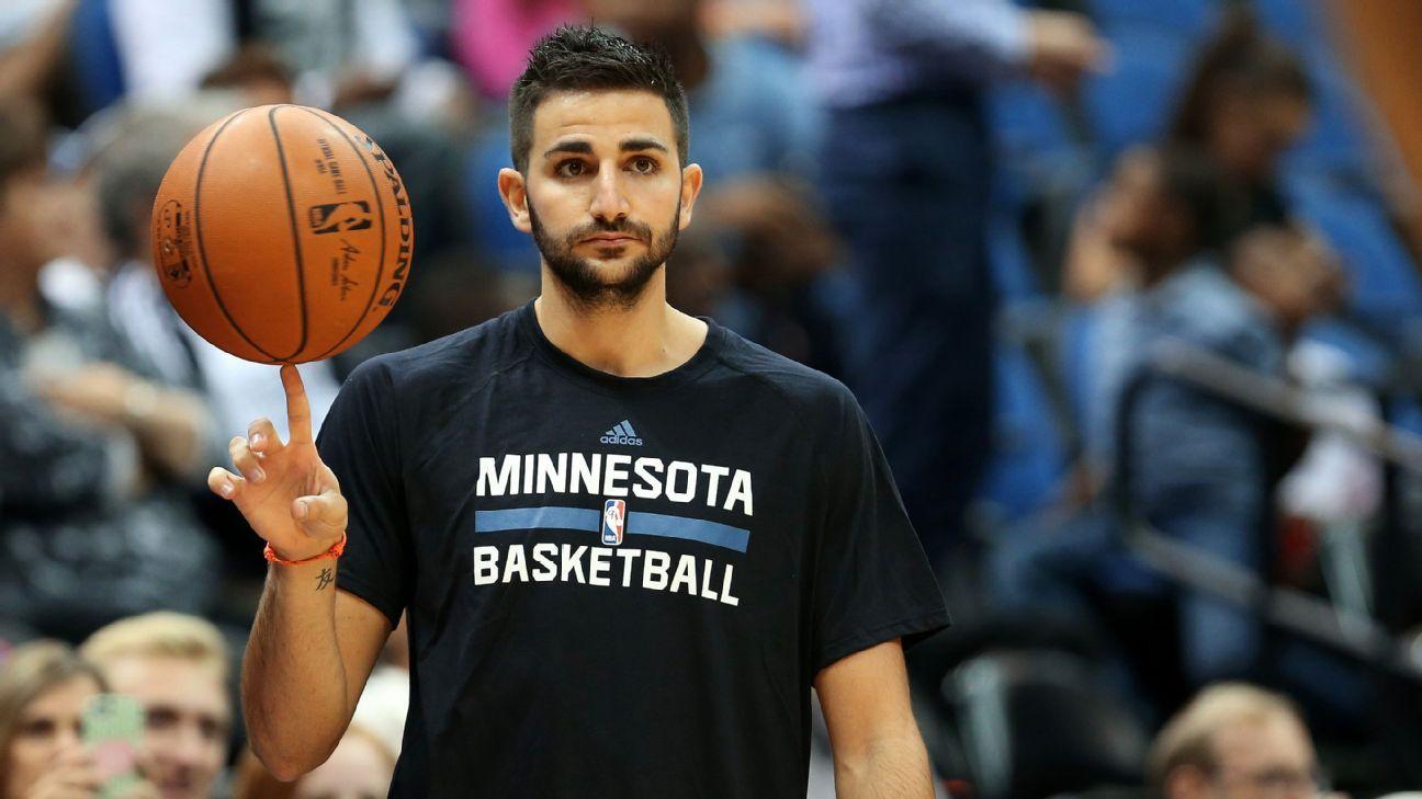 Minnesota Timberwolves Ricky Rubio ready to mentor Kris Dunn  Minnesota Timbe...