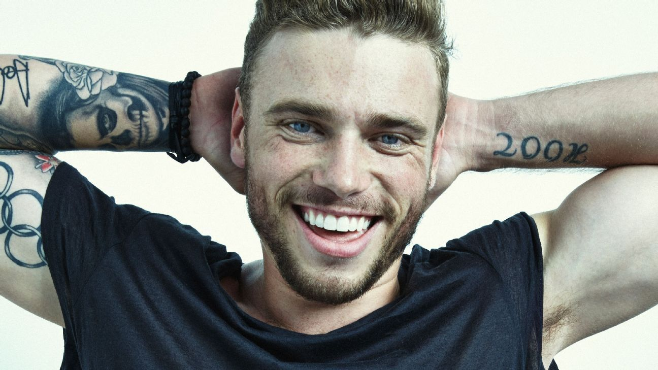 Olympic Freeskier And X Games Star Gus Kenworthy First -5834