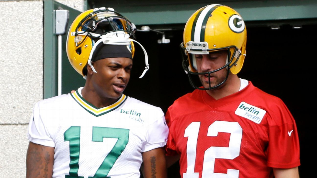 Aaron Rodgers' Green Bay Packers teammates – We've got his back – ESPN