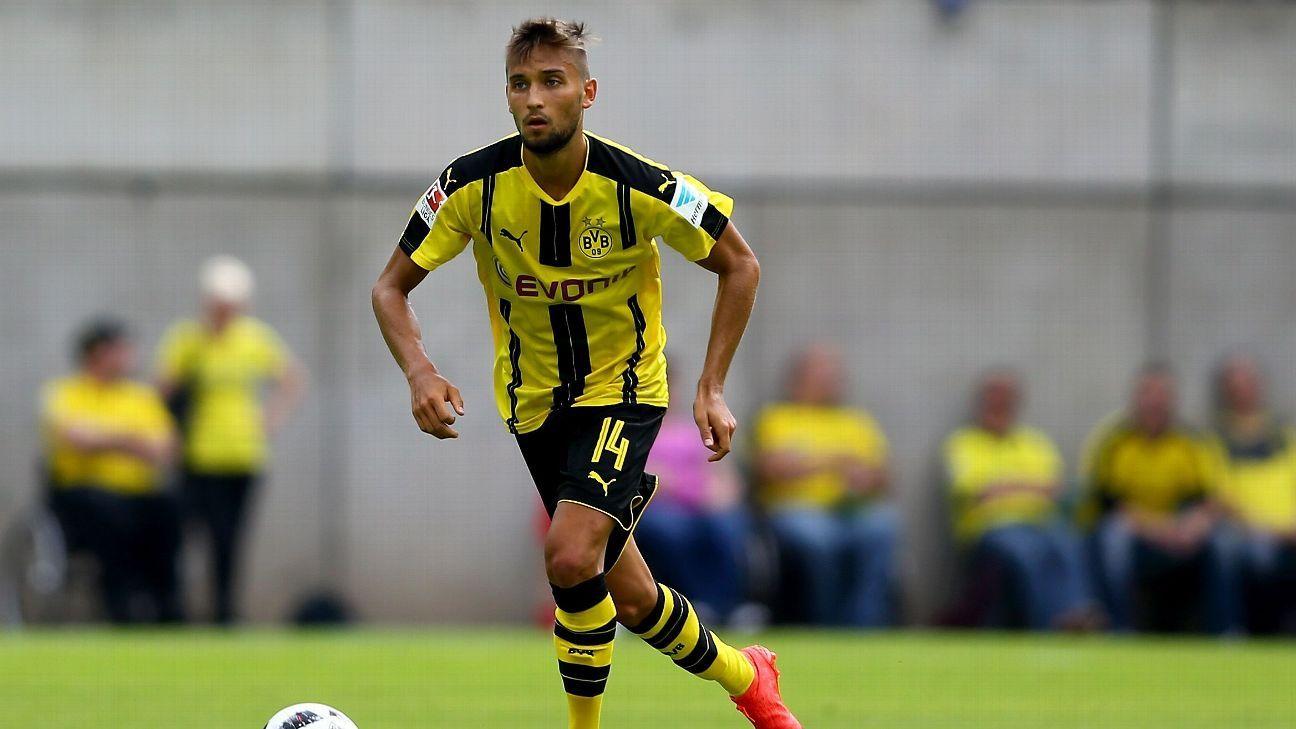 Moritz Leitner joins Lazio from Borussia Dortmund