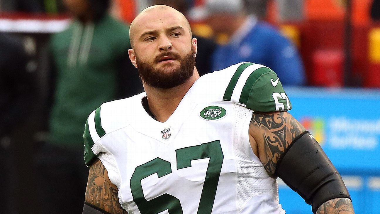 51bb6aded14 Brian Winters signs 4-year extension with New York Jets