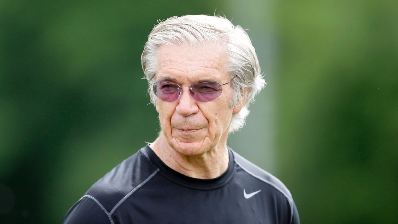 Former NFL coach Gunther Cunningham has died at the age of 72.