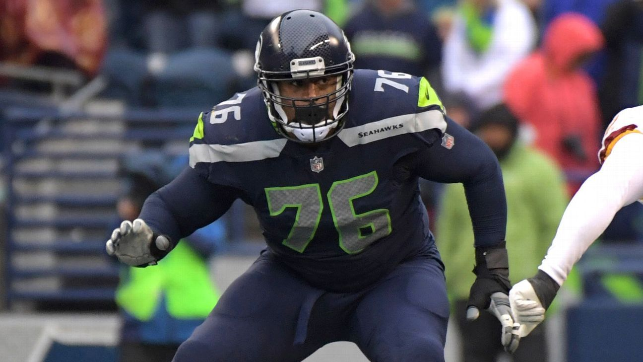 Clowney says OT Brown sold him on Seattle