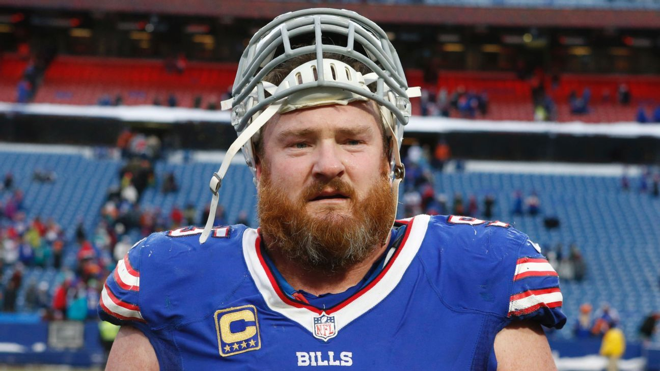 Bills defensive tackle Kyle Williams will retire after Sunday's game against the Dolphins, the team announced Friday.