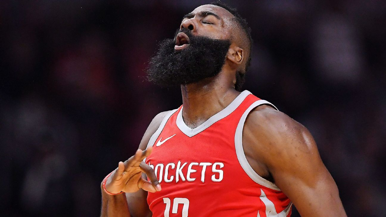 13d0d3c92aaf NBA -- Houston Rockets winning streak hits 14 with rout of LA Clippers
