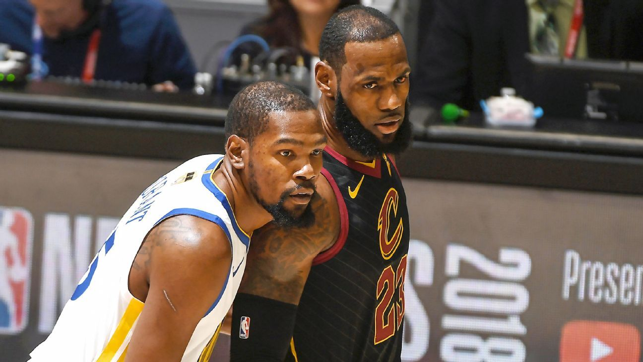 a146f5e71f9e Kevin Durant and LeBron James career matchup NBA