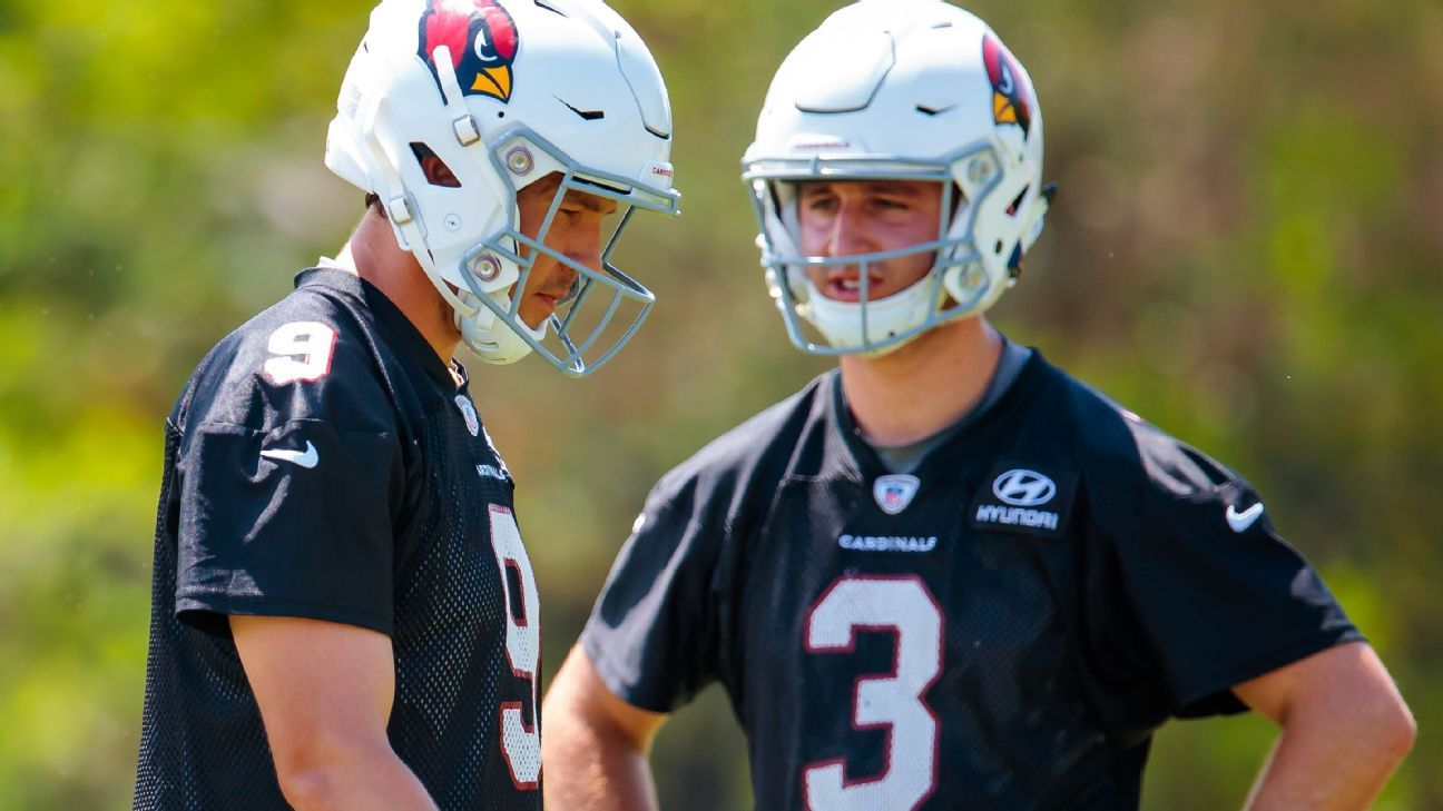 9b4efaf62 Arizona Cardinals can save money in roster bonuses by benching Sam Bradford  for Josh Rosen