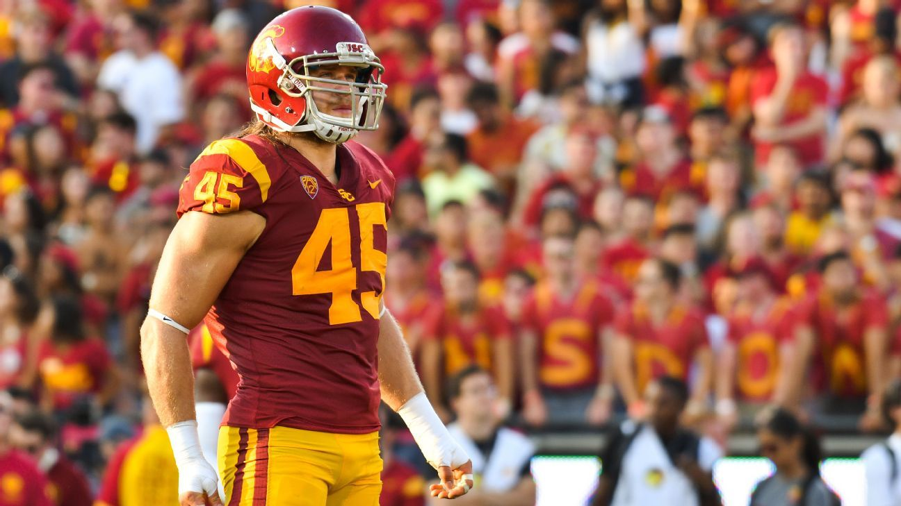 Porter Gustin Of Usc Trojans To Miss 2 5 Weeks With Knee
