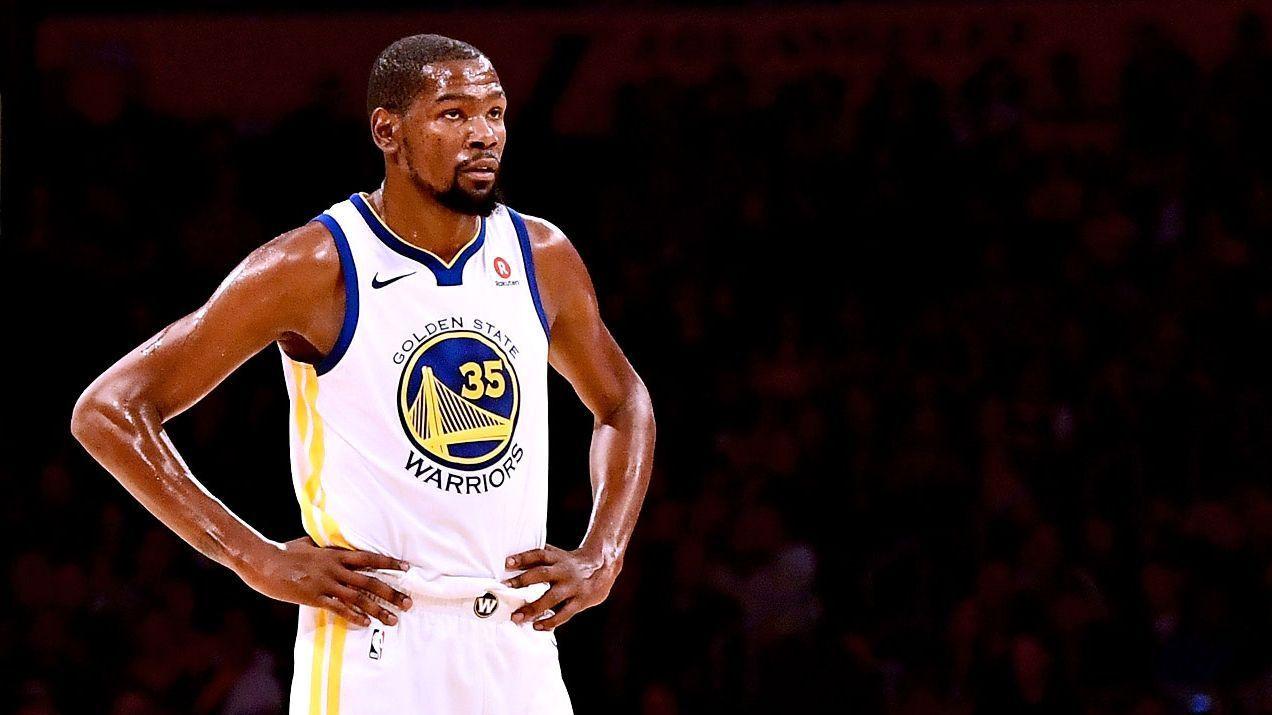 28dd75f1686c Billboard recruiting Kevin Durant to Knicks near Madison Square Garden
