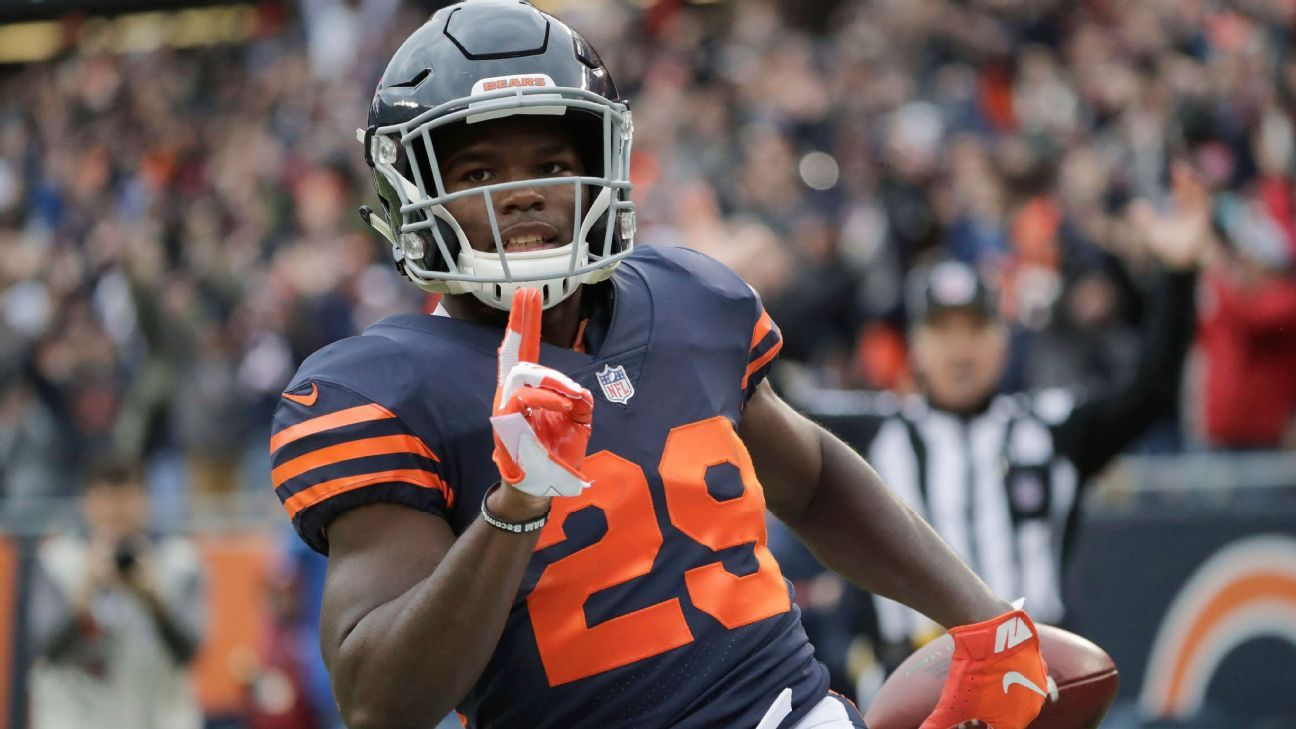 adca74c6a12 Watch: Chicago Bears' Tarik Cohen races 70 yards for TD against Jets - Chicago  Bears Blog- ESPN