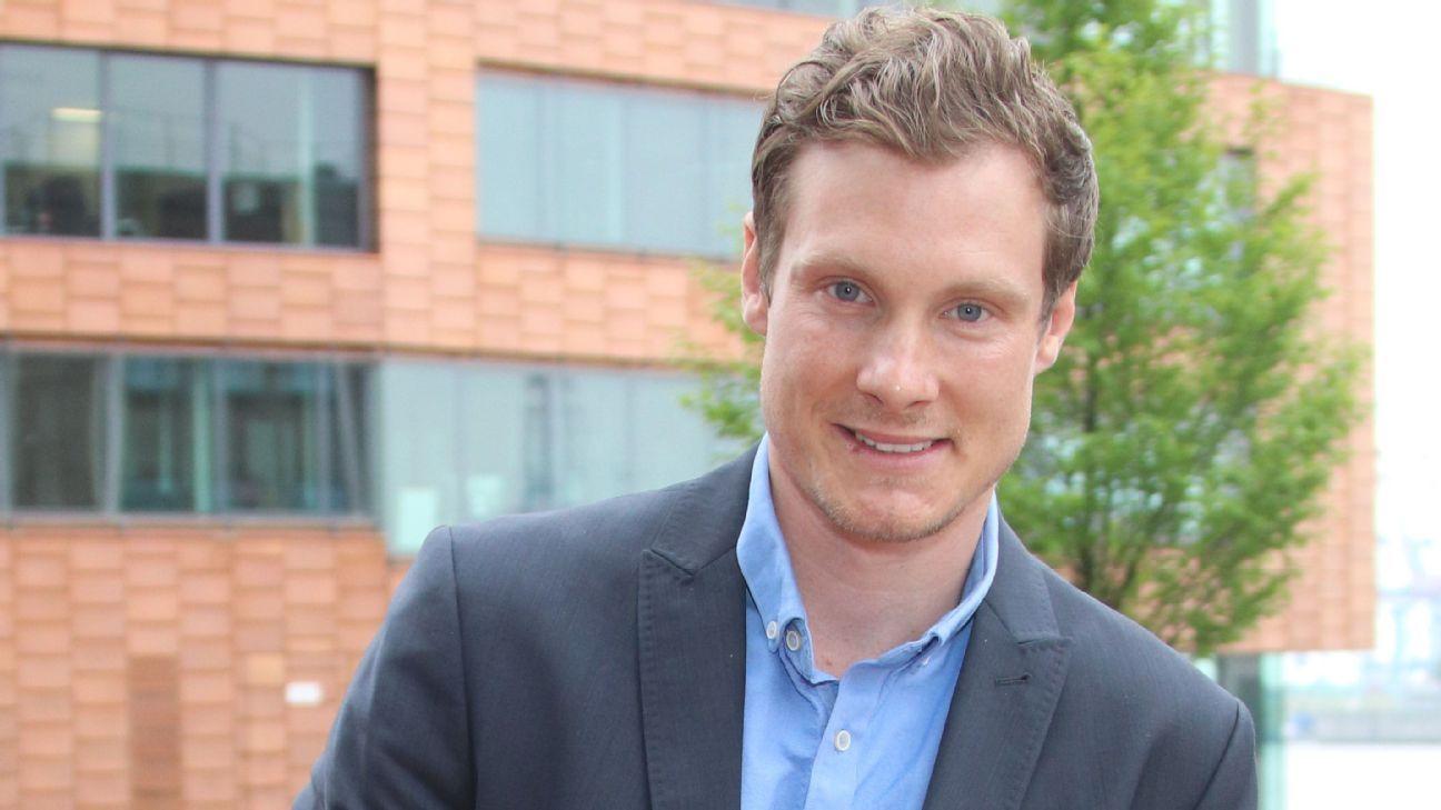 Resultado de imagem para Marcell Jansen, ex-seleção alemã, pendurou as chuteiras aos 29; hoje, com 33, quer ser presidente do Hamburgo