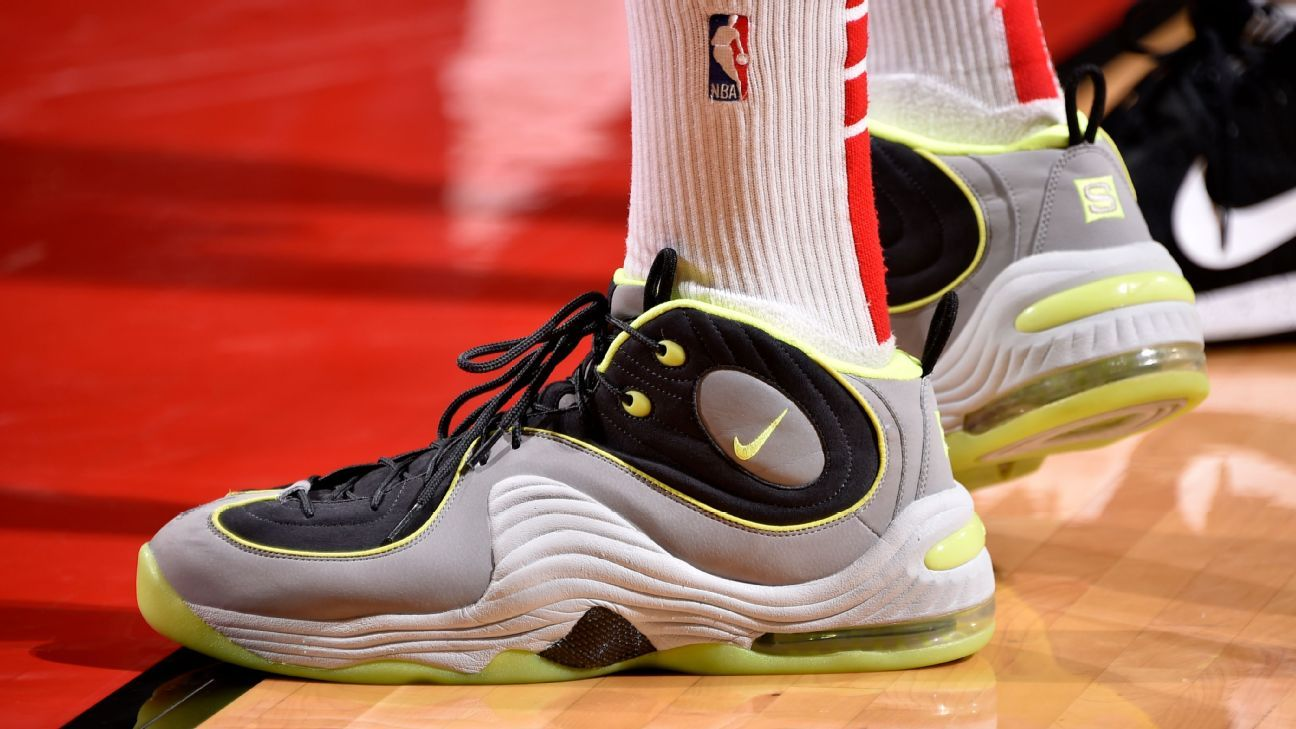 new styles 3f3c4 7f488 Which player had the best sneakers of Week 14 in the NBA