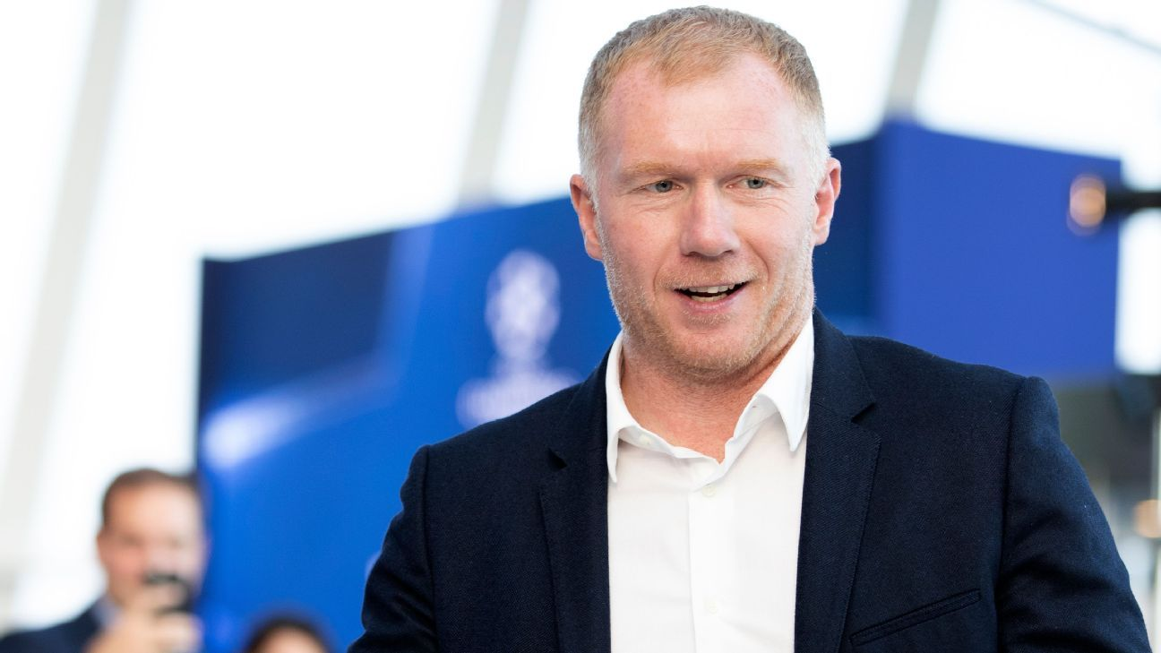 Paul Scholes in talks with Oldham Athletic over manager's role - sources