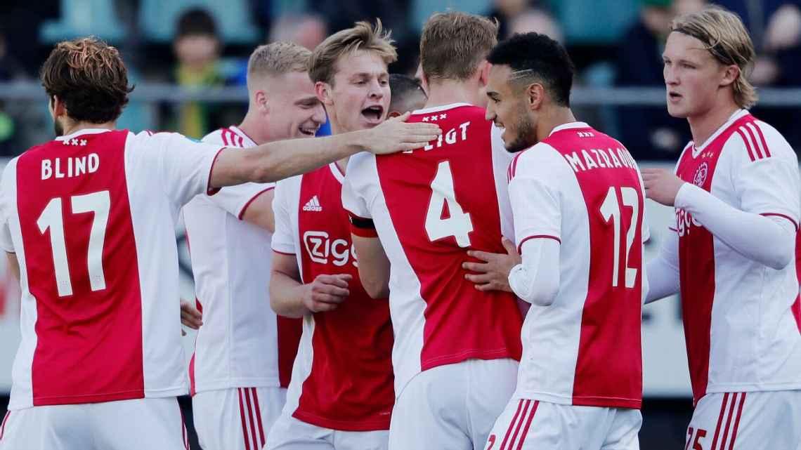 Ajax es el único en Holanda que todavía puede lograr los tres títulos 572b7a67b93