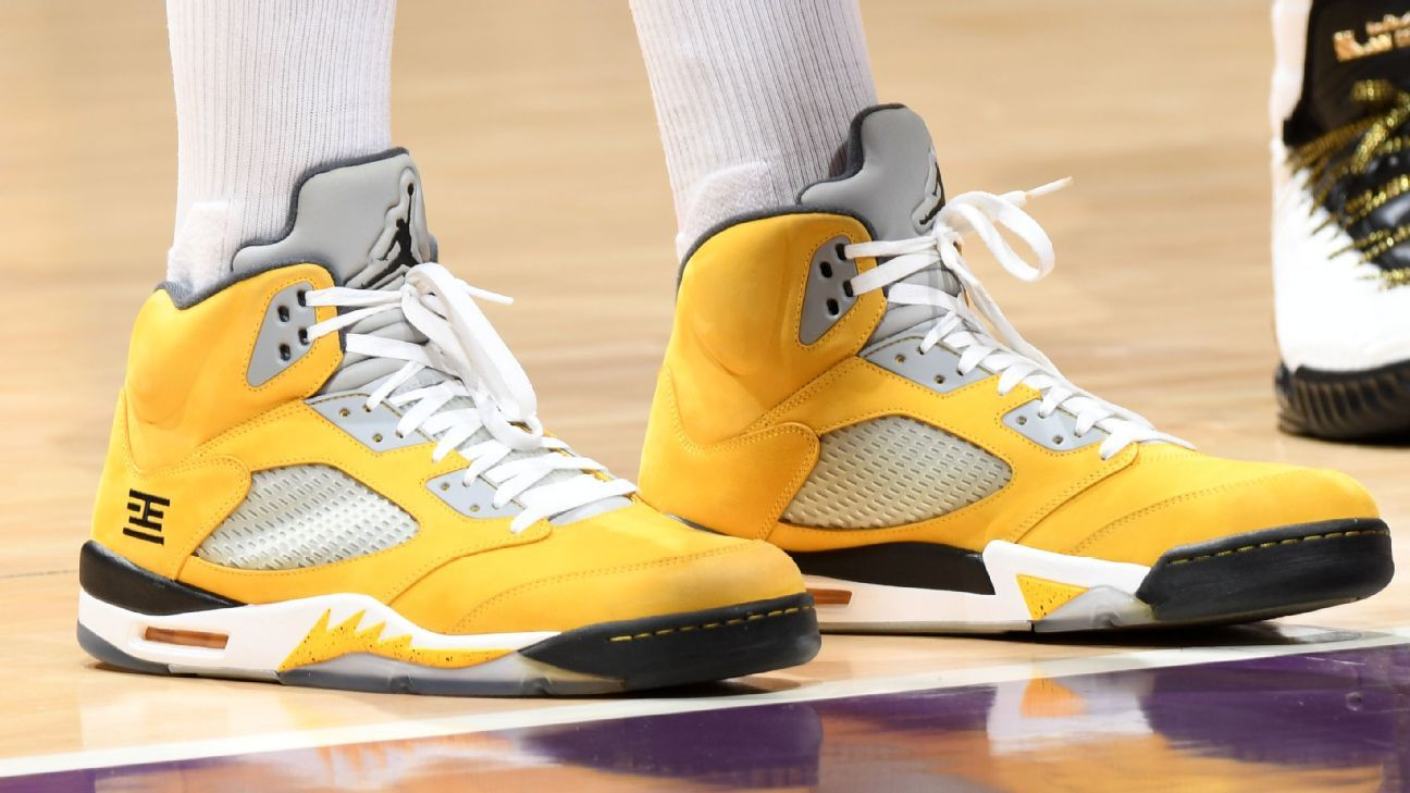 030ff6510e9988 Which player had the best sneakers of Week 19 in the NBA