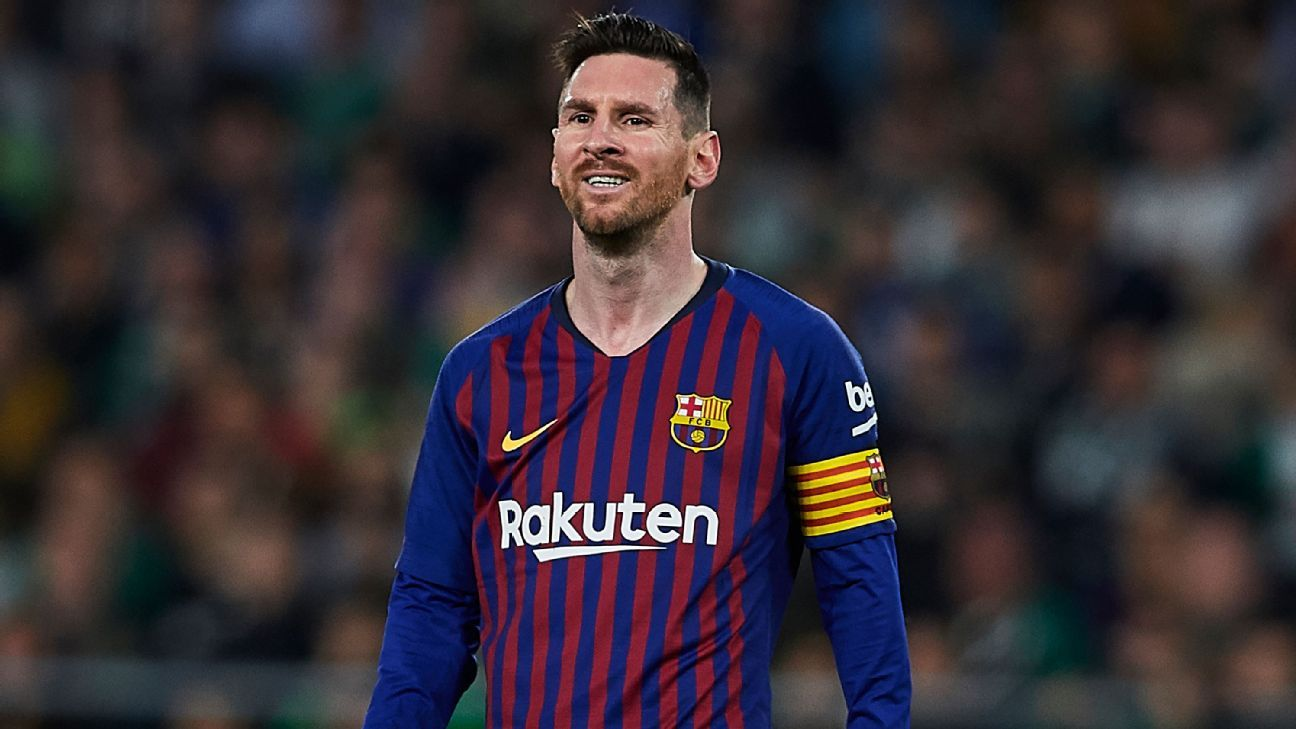 370337ef1 Barcelona s Messi  is not God  but is a joy to watch - Pope Francis